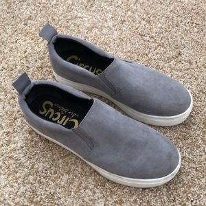 Circus by Sam Edelman gray suede slip on size 8